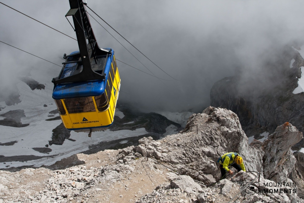 Today, thanks to the cable car to the Huhnerkogel, the Dachstein is a popular and easily accessible excursion destination