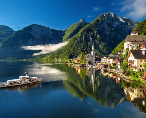 Family-Friendly Hike - Map to the Magical Village of Hallstatt