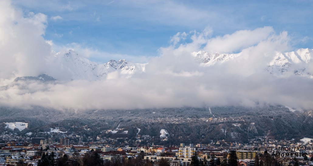 The view of the Inn Valley and the city of Innsbruck from the top is majestic: craggy rock slabs border the view to the north, steeply sloping mountain meadows open up a deep view into the Inn Valley