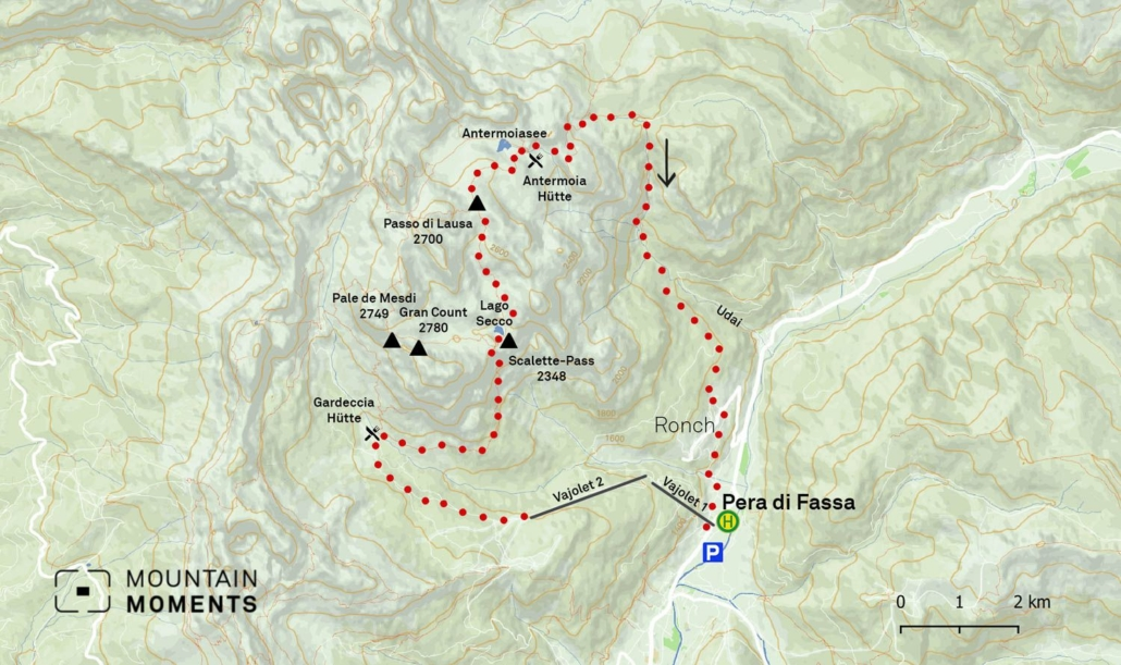 Since the Vaiolet lifts are usually in operation only until mid-September, it is advisable to start the loop from the Campedie cable car (Pero di Fassa) (back is by bus in the Fassa Valley). Alternatively, take a hut cab from Vigo di Fassa to the Gardeccia hut.