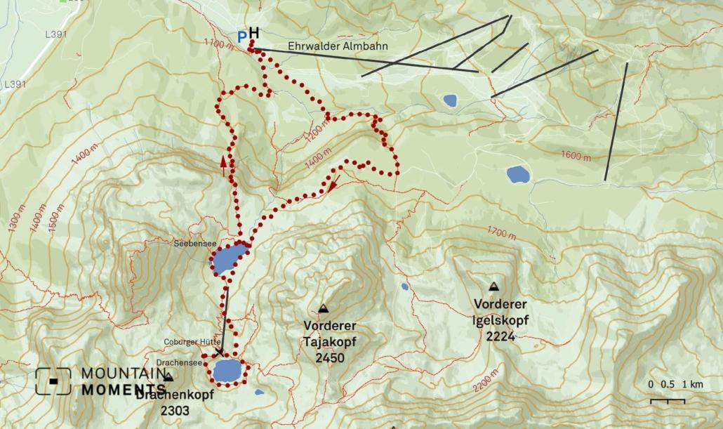 Vorderer Tajakopf, Vorderer Drachenkopf and Ehrwalder Sonnenspitze mountains surround this location